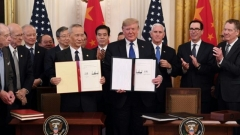 Trump signe un accord commercial