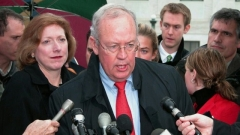 Kenneth Starr, ex-procureur de l'affaire Lewinsky, défendra Trump
